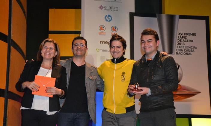 .Puntoaparte gana premio Lápiz de Acero 2013